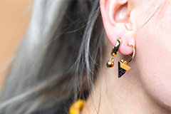 Ohrringe und Teile