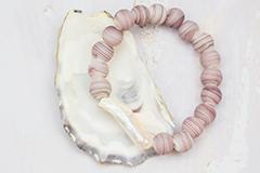 Perles et anneaux en verre mat
