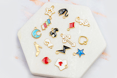 Trendy charms and pendants